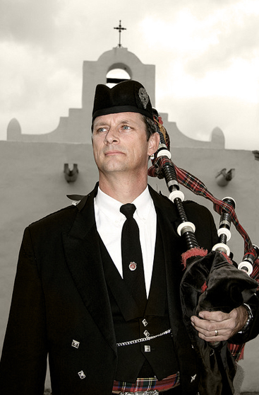image of bagpiper Dan Sheppard at the missions in Goliad, Texas.