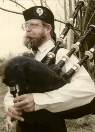 Image of bagpiper John Carpenter
